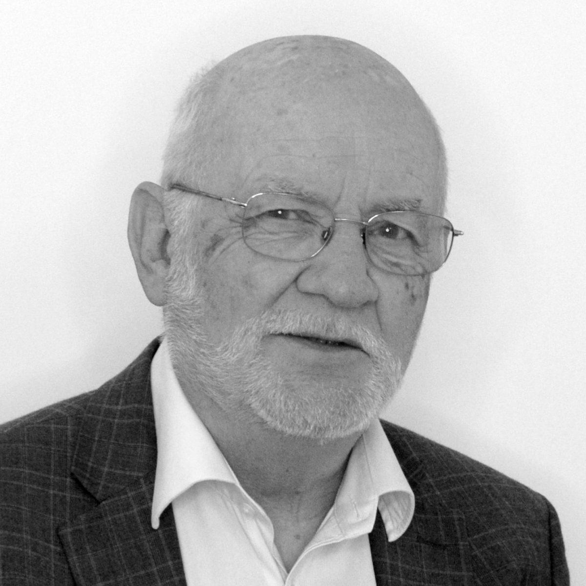Peter Barber Headshot